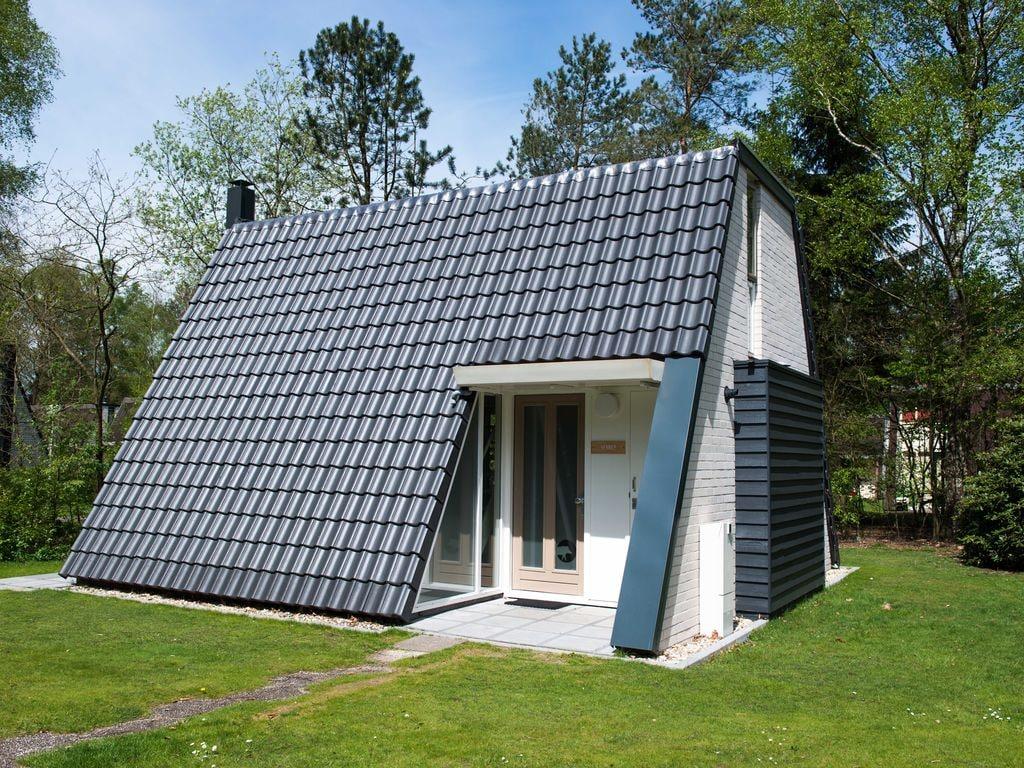 Ferienhaus Neu gestalteter Bungalow mit Geschirrspüler in der Veluwe (2361560), Woeste hoeve, Veluwe, Gelderland, Niederlande, Bild 1