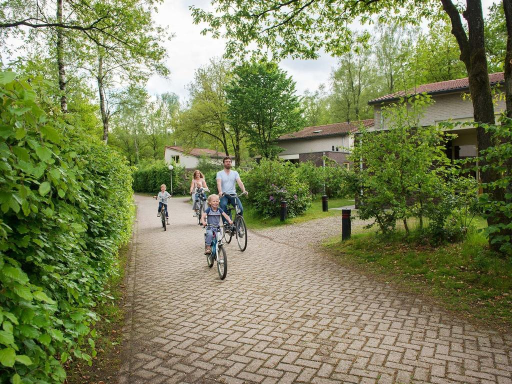 Ferienhaus Neu gestalteter Bungalow mit Geschirrspüler in der Veluwe (2361560), Woeste hoeve, Veluwe, Gelderland, Niederlande, Bild 23