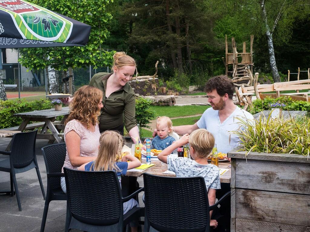 Ferienhaus Neu gestalteter Bungalow mit Geschirrspüler in der Veluwe (2361560), Woeste hoeve, Veluwe, Gelderland, Niederlande, Bild 20