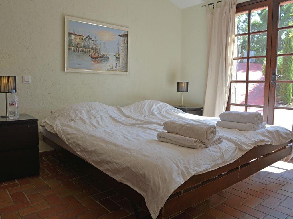 Ferienhaus Verlockende Villa in Roquebrune-sur-Argens mit eigenem Pool (1734010), Les Issambres, Côte d'Azur, Provence - Alpen - Côte d'Azur, Frankreich, Bild 17