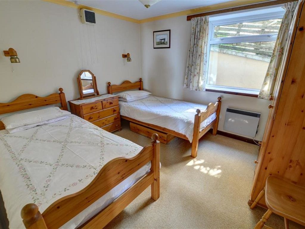 Holiday apartment 2 Ty Melyn (1870472), Newgale, West Wales, Wales, United Kingdom, picture 10