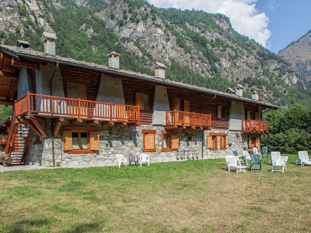 Ferienwohnung GrBe Bilo (1747837), Antey Saint Andrè, , Aostatal, Italien, Bild 2