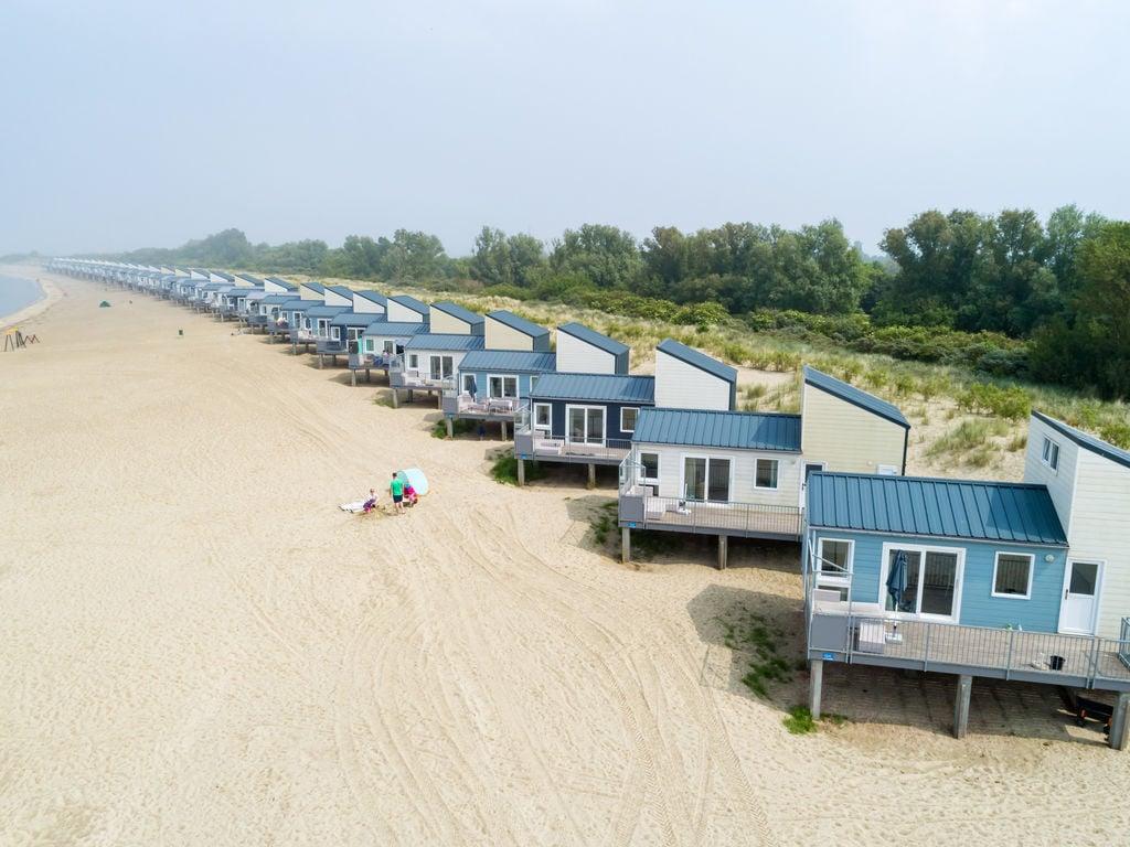 Ferienhaus Vakantiepark Beach Resort 6 (1858373), Kamperland, , Seeland, Niederlande, Bild 2