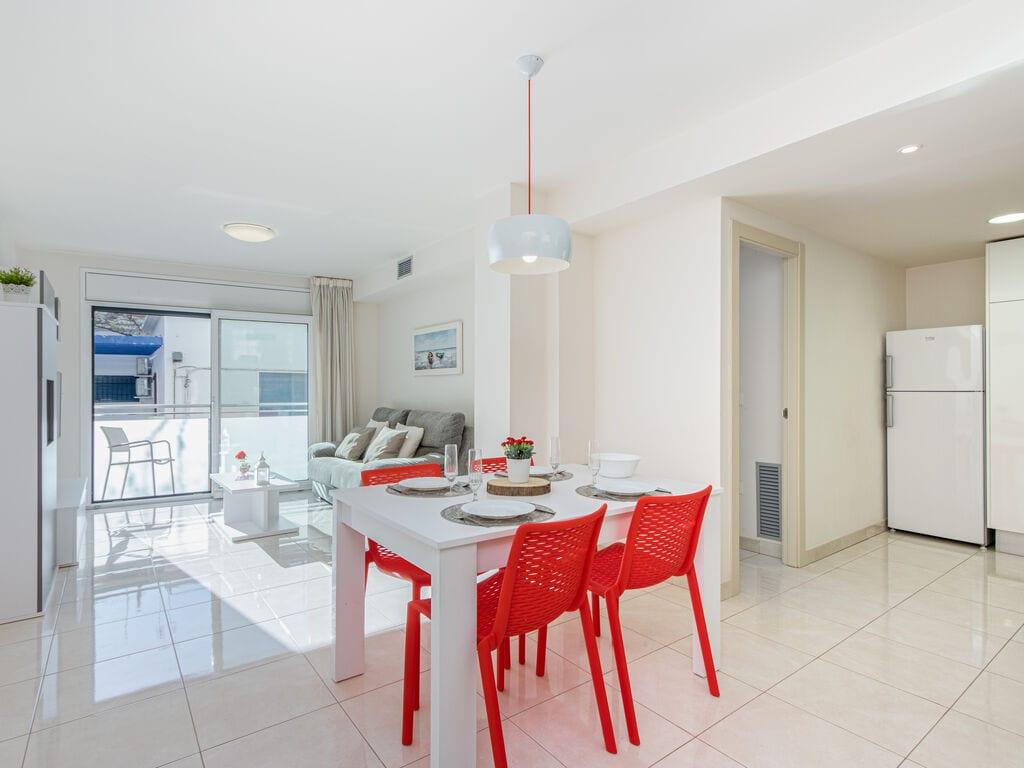 Ferienwohnung Moderne Wohnung in der Nähe des Strandes La Punta in Roses (1889582), El Mas Fumats, Costa Brava, Katalonien, Spanien, Bild 10