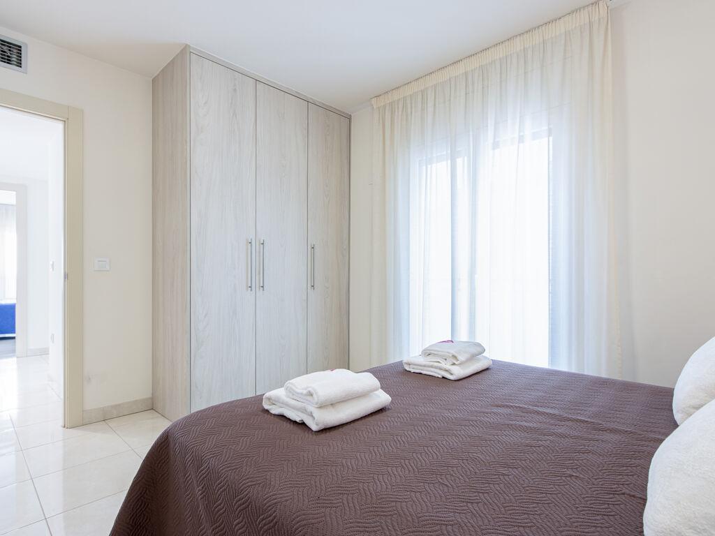 Ferienwohnung Moderne Wohnung in der Nähe des Strandes La Punta in Roses (1889582), El Mas Fumats, Costa Brava, Katalonien, Spanien, Bild 16