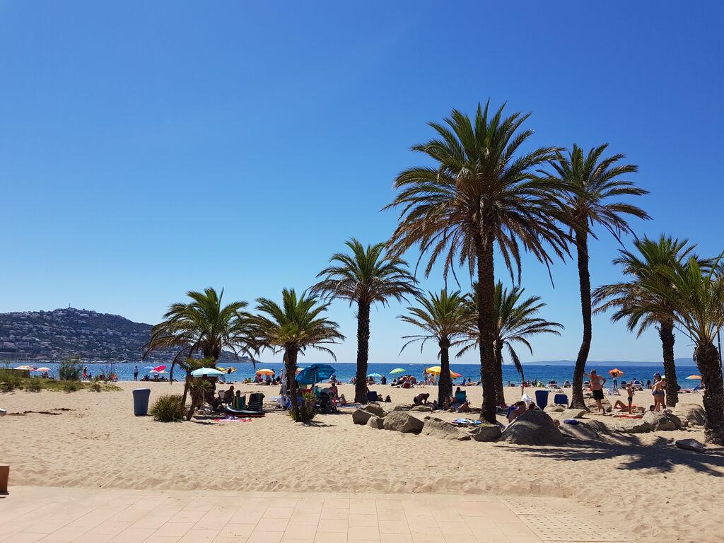 Ferienwohnung Gemütliche Ferienwohnung in Roses bei Nova Sand Beach (1889584), El Mas Fumats, Costa Brava, Katalonien, Spanien, Bild 1
