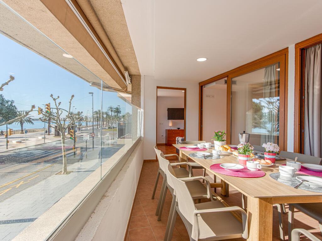 Ferienwohnung Moderne Wohnung mit WLAN und Meerblick (1889601), El Mas Fumats, Costa Brava, Katalonien, Spanien, Bild 3