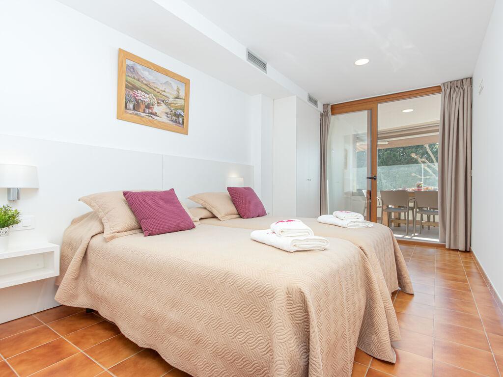 Ferienwohnung Moderne Wohnung mit WLAN und Meerblick (1889601), El Mas Fumats, Costa Brava, Katalonien, Spanien, Bild 15
