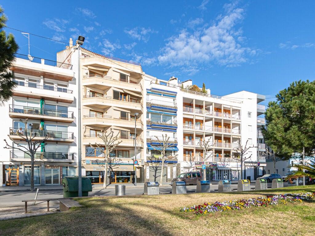 Ferienwohnung Moderne Wohnung mit WLAN und Meerblick (1889601), El Mas Fumats, Costa Brava, Katalonien, Spanien, Bild 5