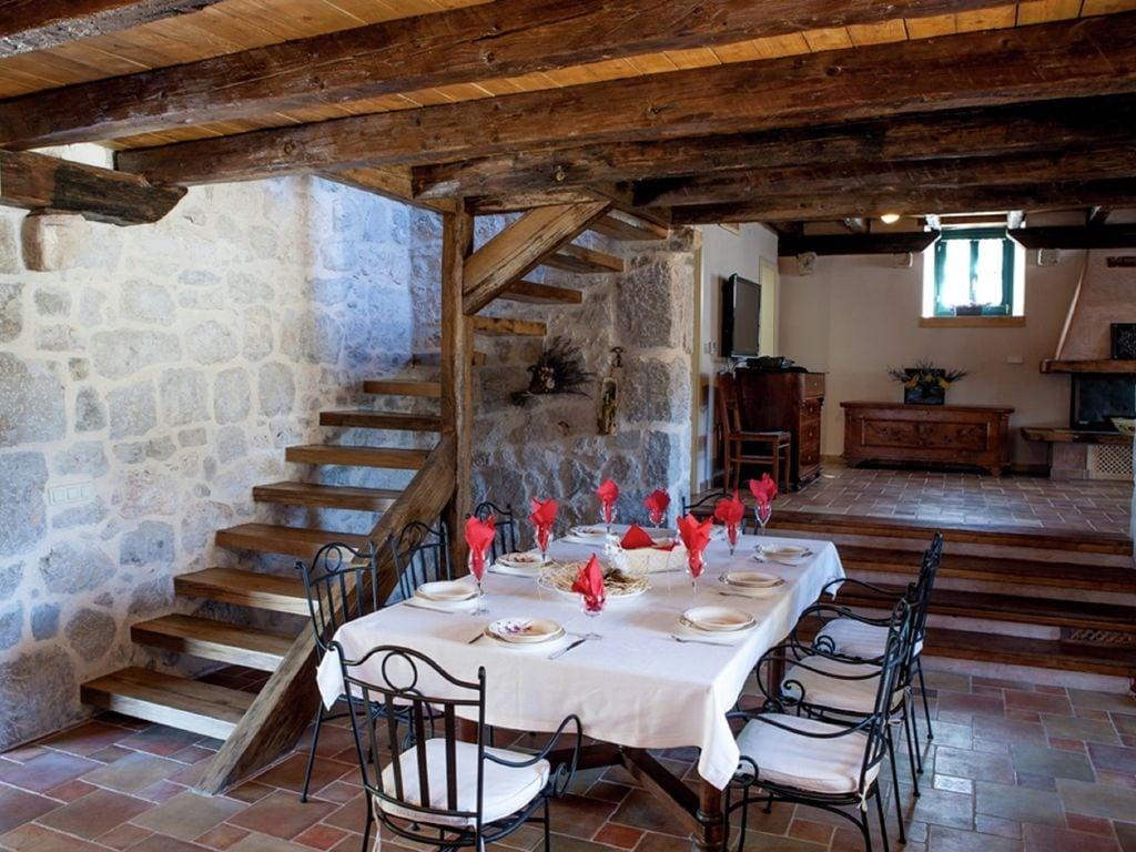 Ferienhaus Eine auth. Steinvilla im Grünen Paradies von Strilcici (256341), Vantačići, Insel Krk, Kvarner, Kroatien, Bild 8