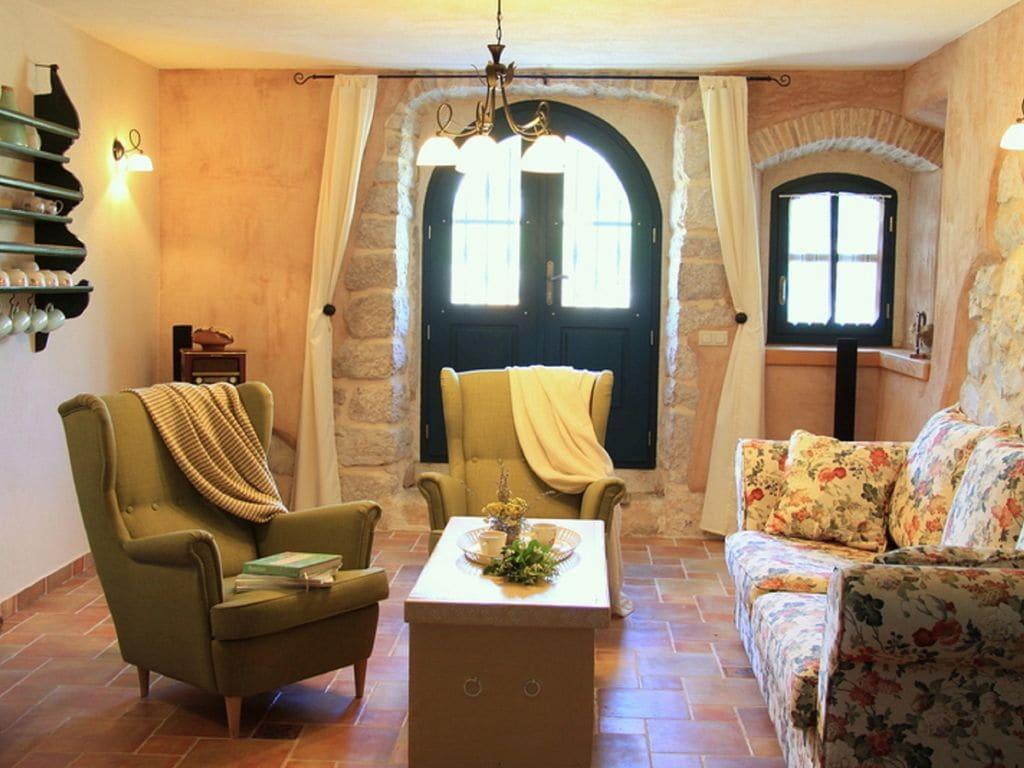 Ferienhaus Eine auth. Steinvilla im Grünen Paradies von Strilcici (256341), Vantačići, Insel Krk, Kvarner, Kroatien, Bild 6