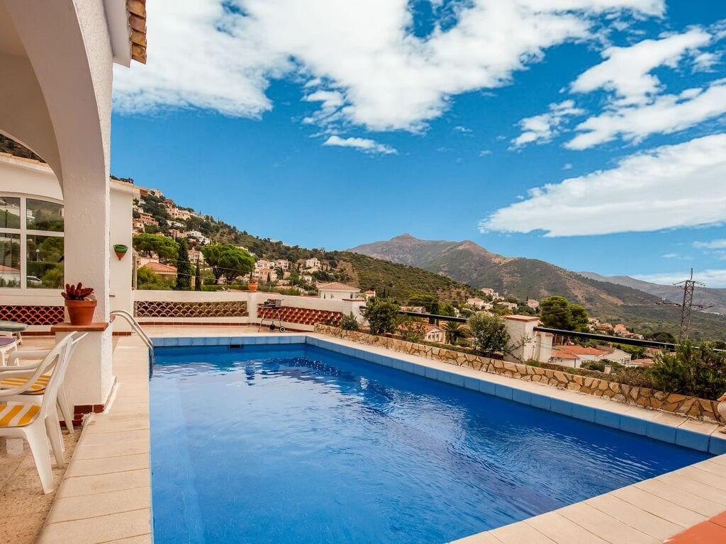 Ferienhaus Modernes Ferienhaus mit Swimmingpool in Roses (2063470), El Mas Fumats, Costa Brava, Katalonien, Spanien, Bild 8