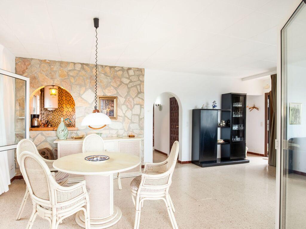 Ferienhaus Modernes Ferienhaus mit Swimmingpool in Roses (2063470), El Mas Fumats, Costa Brava, Katalonien, Spanien, Bild 3