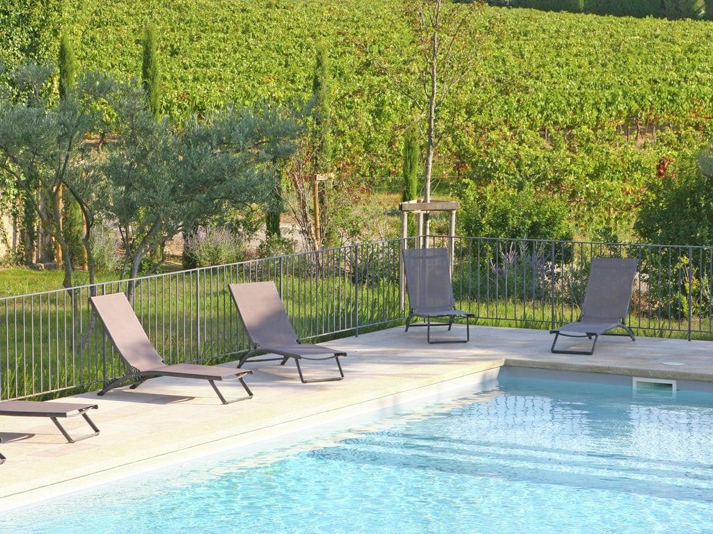 Holiday house Luxuriöses Mas mit privatem Pool am Fuße des Mont Ventoux (2007891), Carpentras, Vaucluse, Provence - Alps - Côte d'Azur, France, picture 7