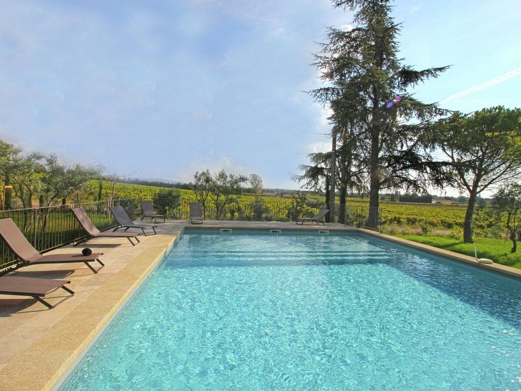 Holiday house Luxuriöses Mas mit privatem Pool am Fuße des Mont Ventoux (2007891), Carpentras, Vaucluse, Provence - Alps - Côte d'Azur, France, picture 1