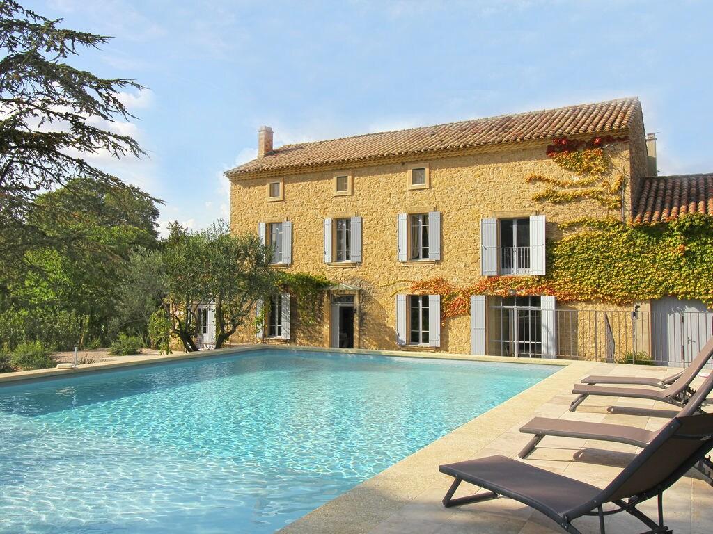 Holiday house Luxuriöses Mas mit privatem Pool am Fuße des Mont Ventoux (2007891), Carpentras, Vaucluse, Provence - Alps - Côte d'Azur, France, picture 2