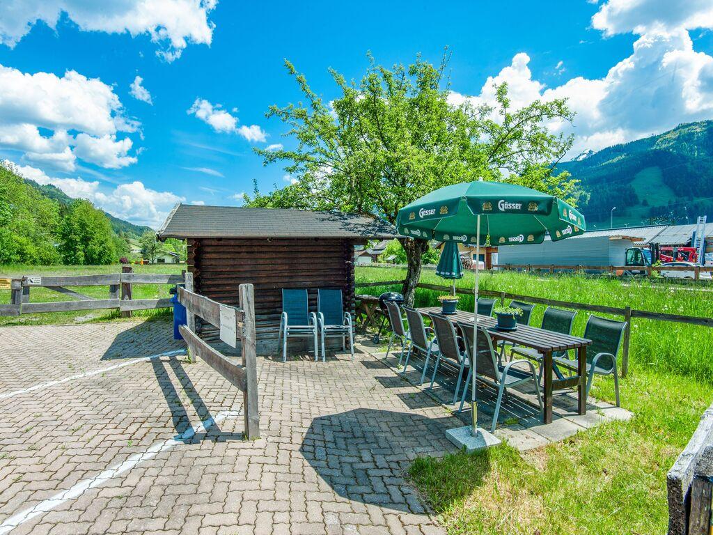 Ferienhaus Komfortables Ferienhaus mit Whirlpool und Sauna in Salzburg (1994628), Bruck an der Großglocknerstraße, Pinzgau, Salzburg, Österreich, Bild 4