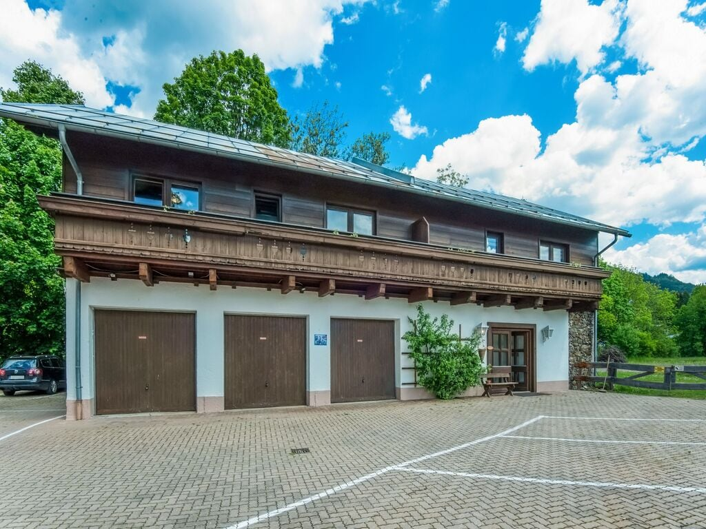Ferienhaus Komfortables Ferienhaus mit Whirlpool und Sauna in Salzburg (1994628), Bruck an der Großglocknerstraße, Pinzgau, Salzburg, Österreich, Bild 8