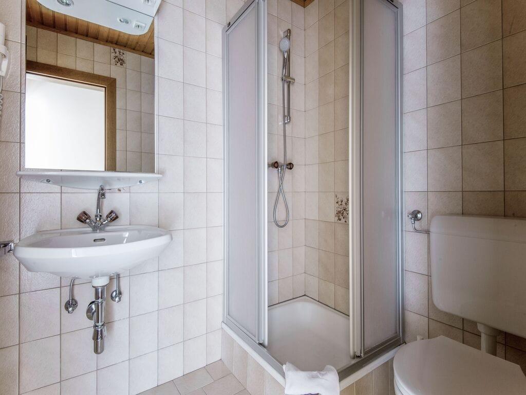 Ferienhaus Komfortables Ferienhaus mit Whirlpool und Sauna in Salzburg (1994628), Bruck an der Großglocknerstraße, Pinzgau, Salzburg, Österreich, Bild 21