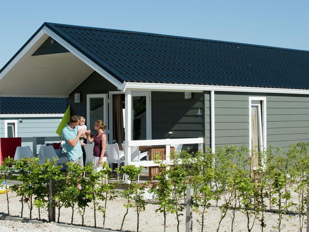 Ferienhaus Wunderschöne Lodge, fast direkt am See und Strand (2061524), Maurik, Rivierenland, Gelderland, Niederlande, Bild 2