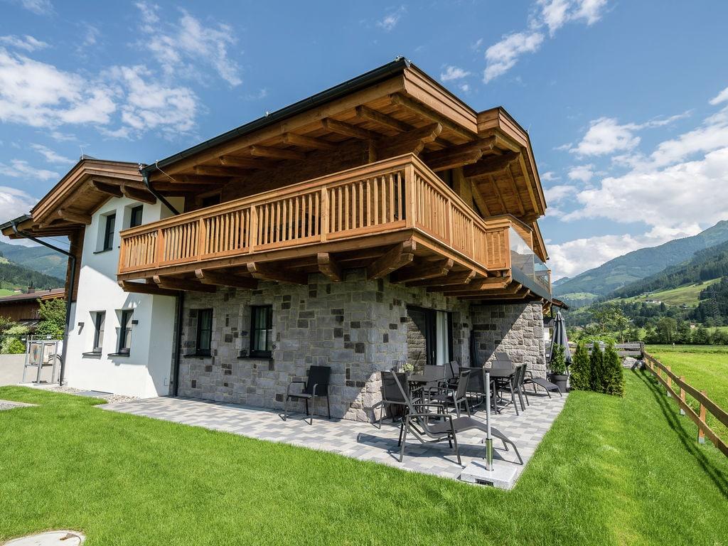 Ferienhaus Geräumiges Ferienhaus mit Sauna in Niedernsill (2065097), Niedernsill, Pinzgau, Salzburg, Österreich, Bild 2