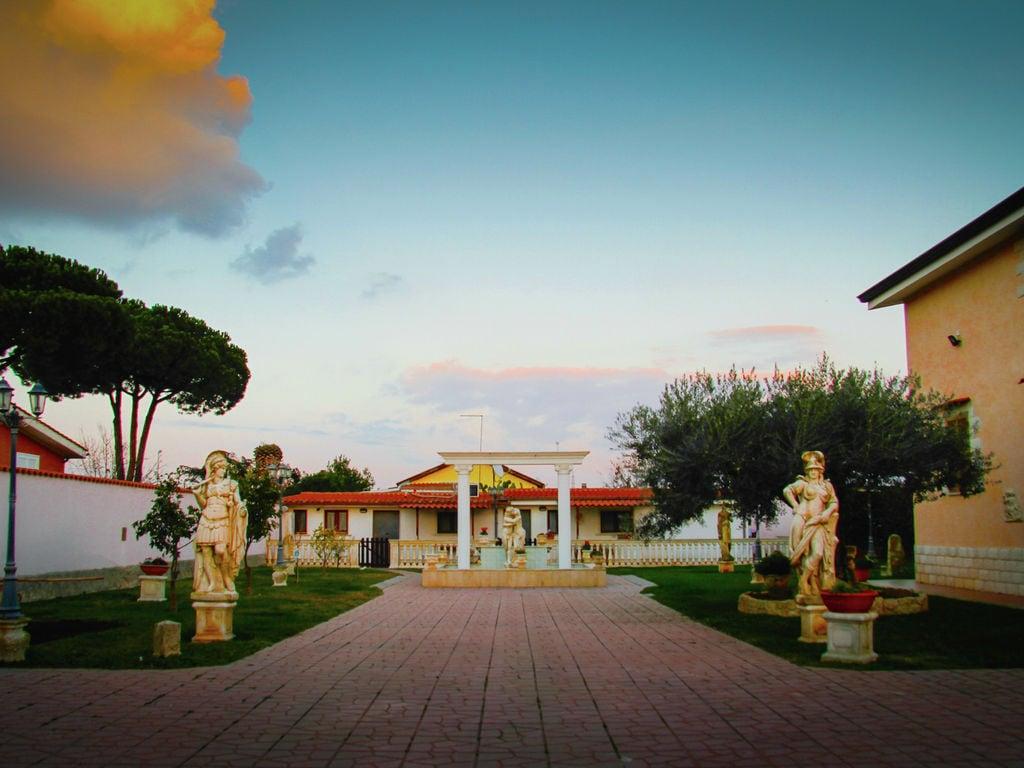 Ferienhaus Moderne Villa mit eigenem Pool in Anzio Italien (2067221), Anzio, Rom, Latium, Italien, Bild 3
