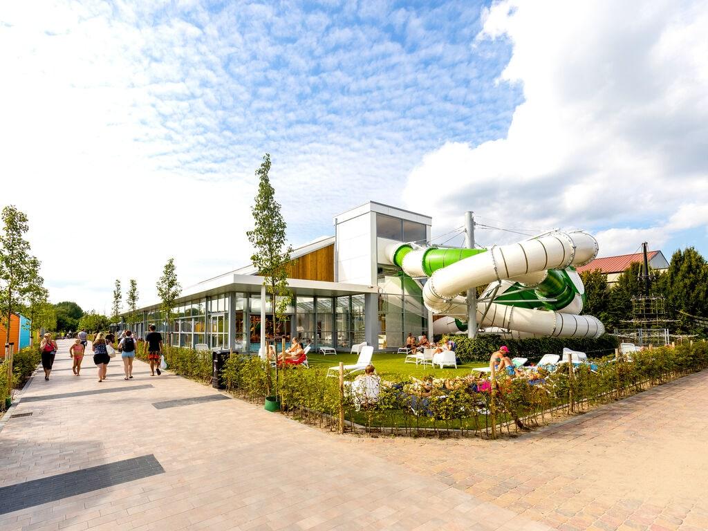 Ferienhaus Farbenfrohes Chalet mit Terrasse, nahe am See und Strand (2061530), Maurik, Rivierenland, Gelderland, Niederlande, Bild 18