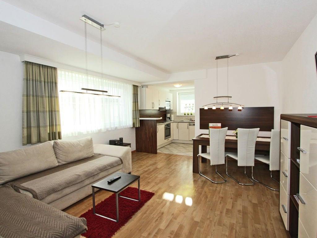 Ferienwohnung Modernes Apartment in Fiss nahe der Skibushaltestelle (2064588), Fiss, Serfaus-Fiss-Ladis, Tirol, Österreich, Bild 8