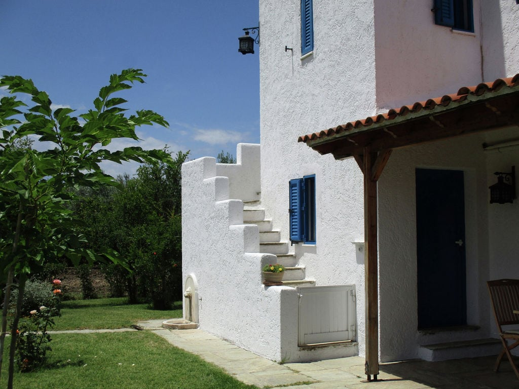 Holiday house Country house with private beach Upper floor (2099546), Arkitsa, , Central Greece, Greece, picture 2