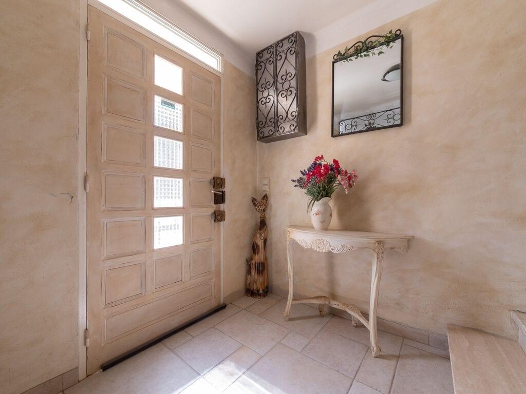 Holiday house Aufwändige Villa in Carpentras mit privatem Pool (2774551), Carpentras, Vaucluse, Provence - Alps - Côte d'Azur, France, picture 8