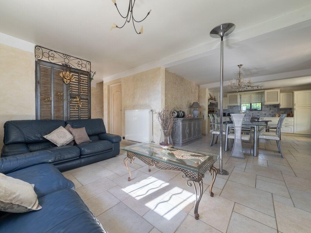 Holiday house Aufwändige Villa in Carpentras mit privatem Pool (2774551), Carpentras, Vaucluse, Provence - Alps - Côte d'Azur, France, picture 12