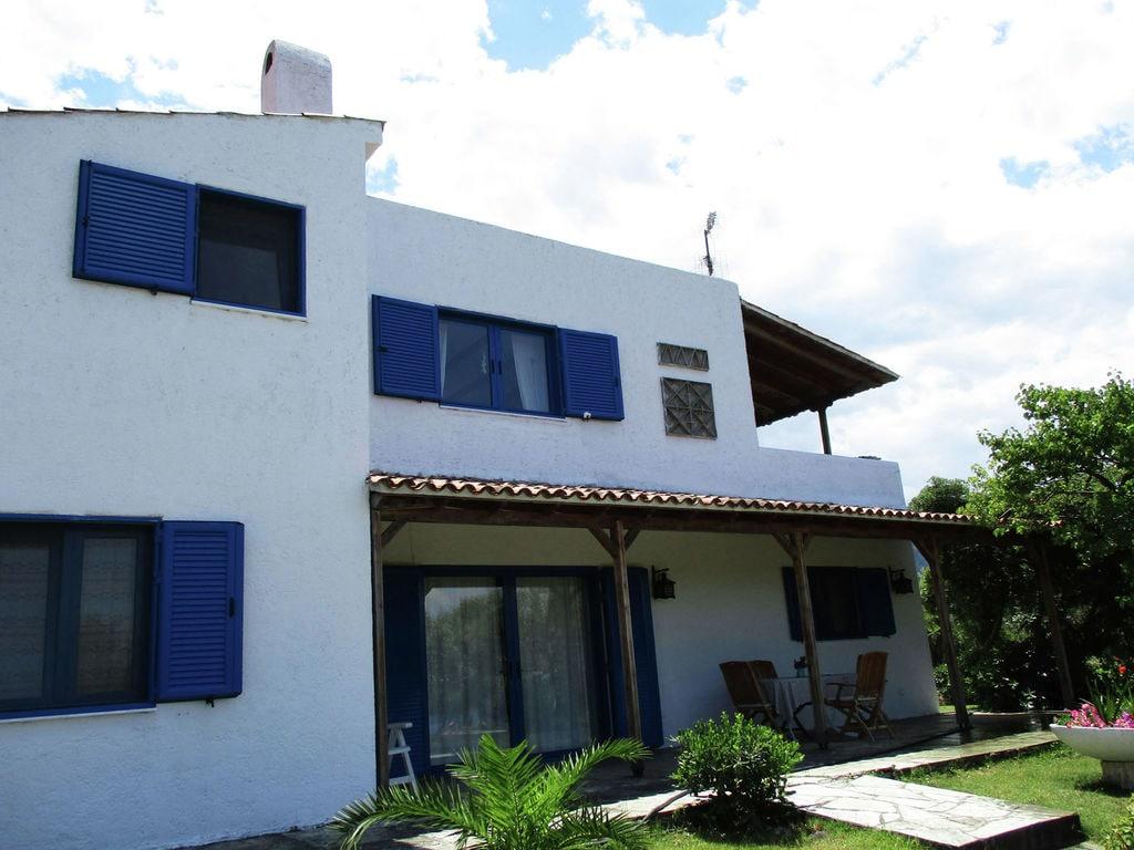 Ferienhaus Country house with private beach Ground floor (2099552), Arkitsa, , Zentralgriechenland, Griechenland, Bild 2