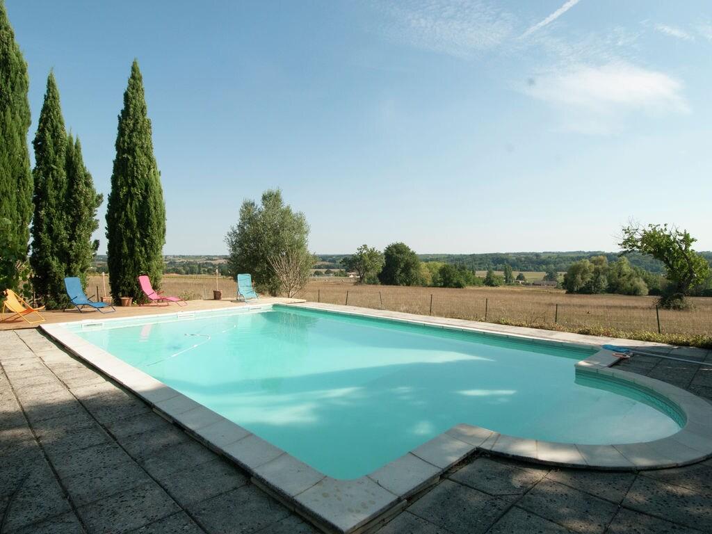 Maison de vacances Gehobenes Landhaus in Neuffons mit Swimmingpool und Garten (2100734), Monségur, Gironde, Aquitaine, France, image 3