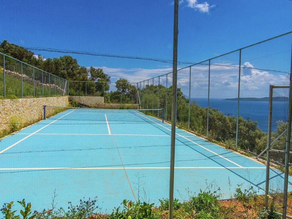 Holiday house Wunderschöne Villa in Sivota mit Swimmingpool (2118078), Vasiliki, Lefkada, Ionian Islands, Greece, picture 27