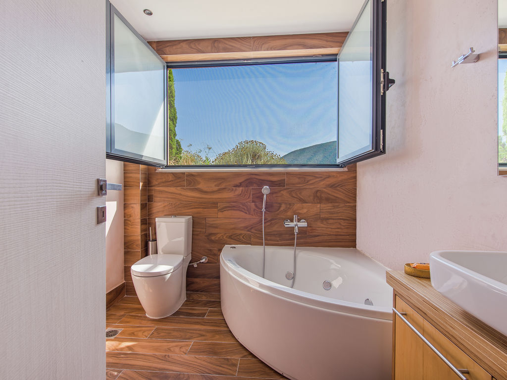 Holiday house Wunderschöne Villa in Sivota mit Swimmingpool (2118078), Vasiliki, Lefkada, Ionian Islands, Greece, picture 21