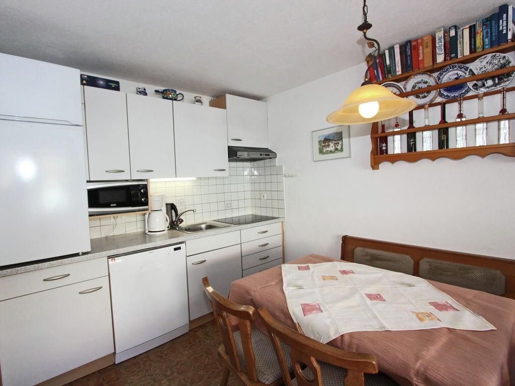 Ferienwohnung Geräumige Wohnung in Fügen nahe Skigebiet (2118097), Hochfügen, Zillertal, Tirol, Österreich, Bild 4