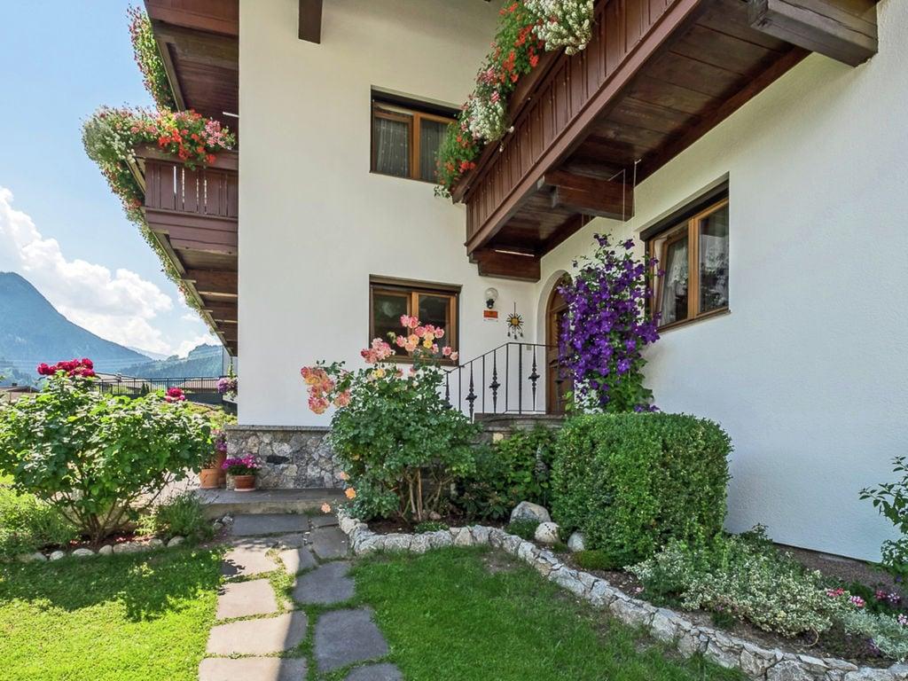 Ferienwohnung Vintage Wohnung in Fügen in der Nähe Skigebiet (2118082), Hochfügen, Zillertal, Tirol, Österreich, Bild 10