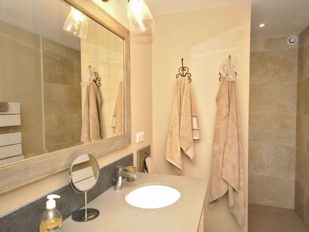 Maison de vacances Hochwertige Villa in Wien mit Schwimmbad (2485293), Saint Martin de Castillon, Vaucluse, Provence - Alpes - Côte d'Azur, France, image 30