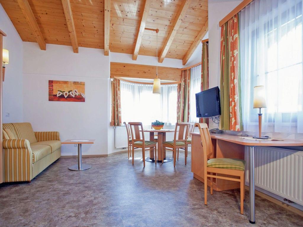 Holiday apartment Apart Franz Josef (2133008), Kaltenbach, Zillertal, Tyrol, Austria, picture 3