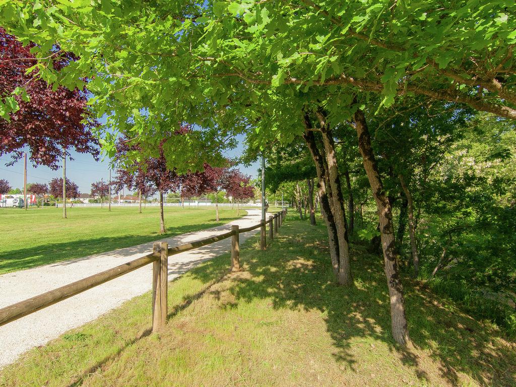 Ferienhaus Nobles Ferienhaus mit Garten, Grill, Gartenmöbeln (2183630), Malemort sur Corrèze, Corrèze, Limousin, Frankreich, Bild 16