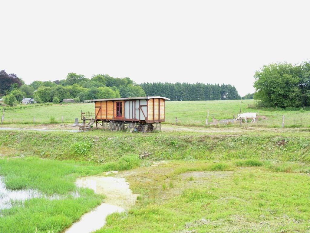 Ferienwohnung Gemütliches Wohnmobil mit Terrasse in Vresse-sur-Semois (2244599), Bièvre, Namur, Wallonien, Belgien, Bild 10