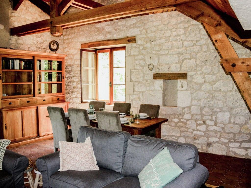 Ferienhaus Ruhiges Ferienhaus in Albas mit Pool (2246175), Luzech, Lot, Midi-Pyrénées, Frankreich, Bild 16