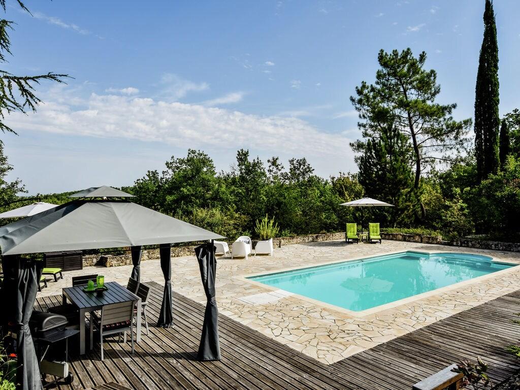 Ferienhaus Ruhiges Ferienhaus in Albas mit Pool (2246175), Luzech, Lot, Midi-Pyrénées, Frankreich, Bild 2