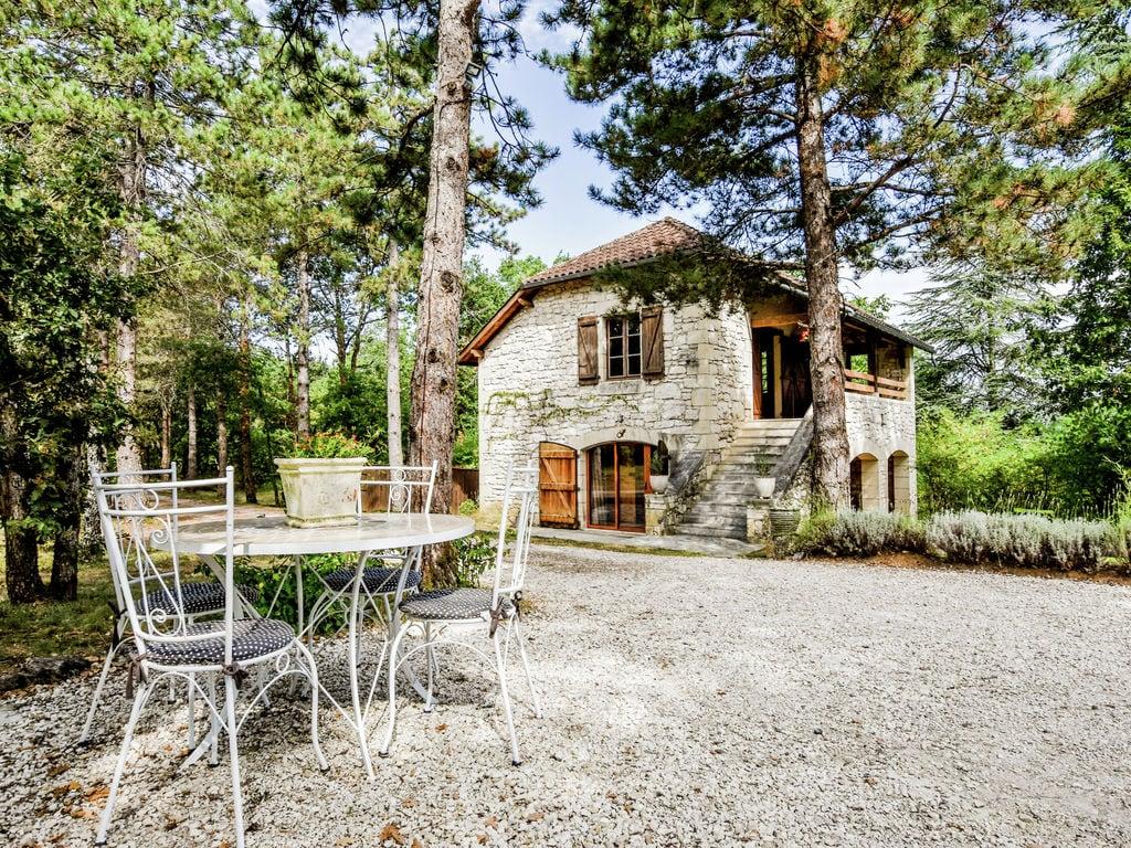 Ferienhaus Ruhiges Ferienhaus in Albas mit Pool (2246175), Luzech, Lot, Midi-Pyrénées, Frankreich, Bild 4