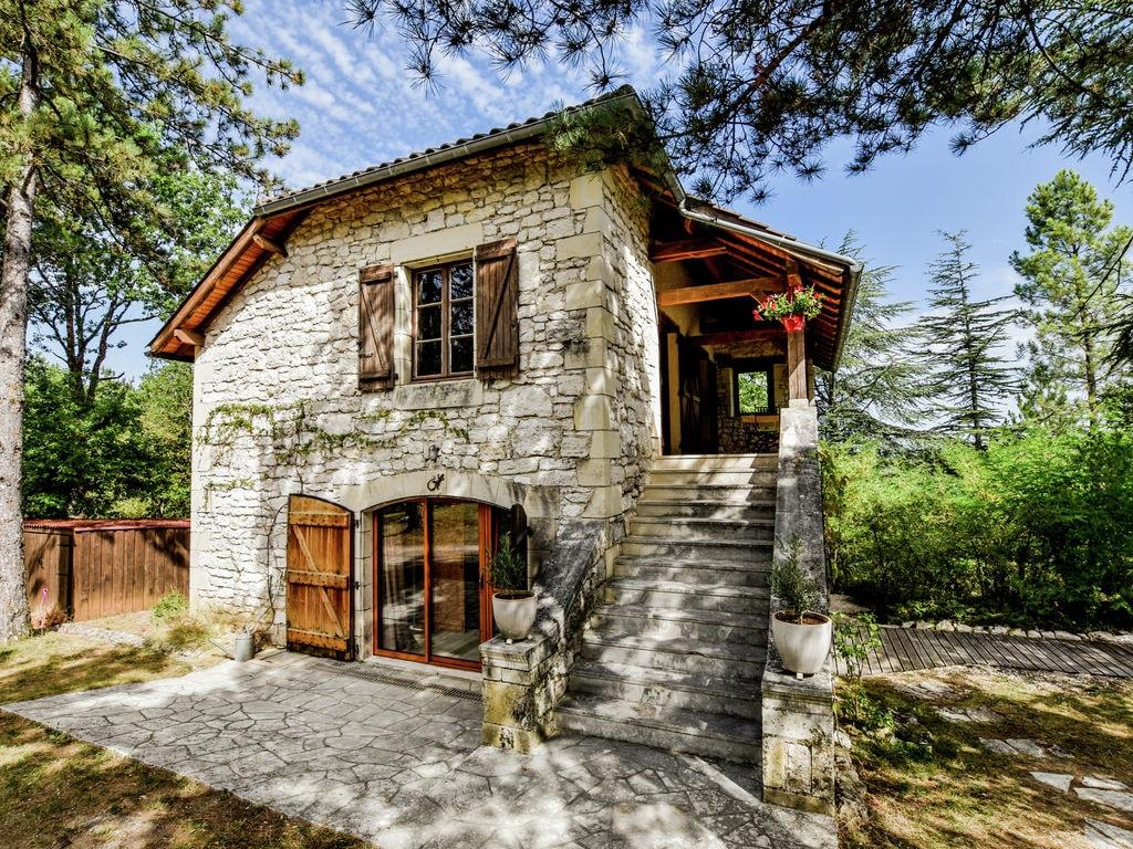 Ferienhaus Ruhiges Ferienhaus in Albas mit Pool (2246175), Luzech, Lot, Midi-Pyrénées, Frankreich, Bild 6