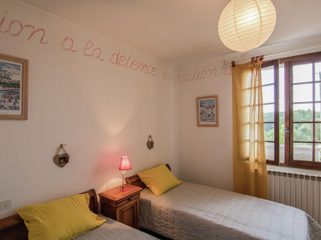 Ferienhaus Gemütliche Villa in Saint-Bonnet-la-Rivière mit Swimmingpool (2279081), Objat, Corrèze, Limousin, Frankreich, Bild 23