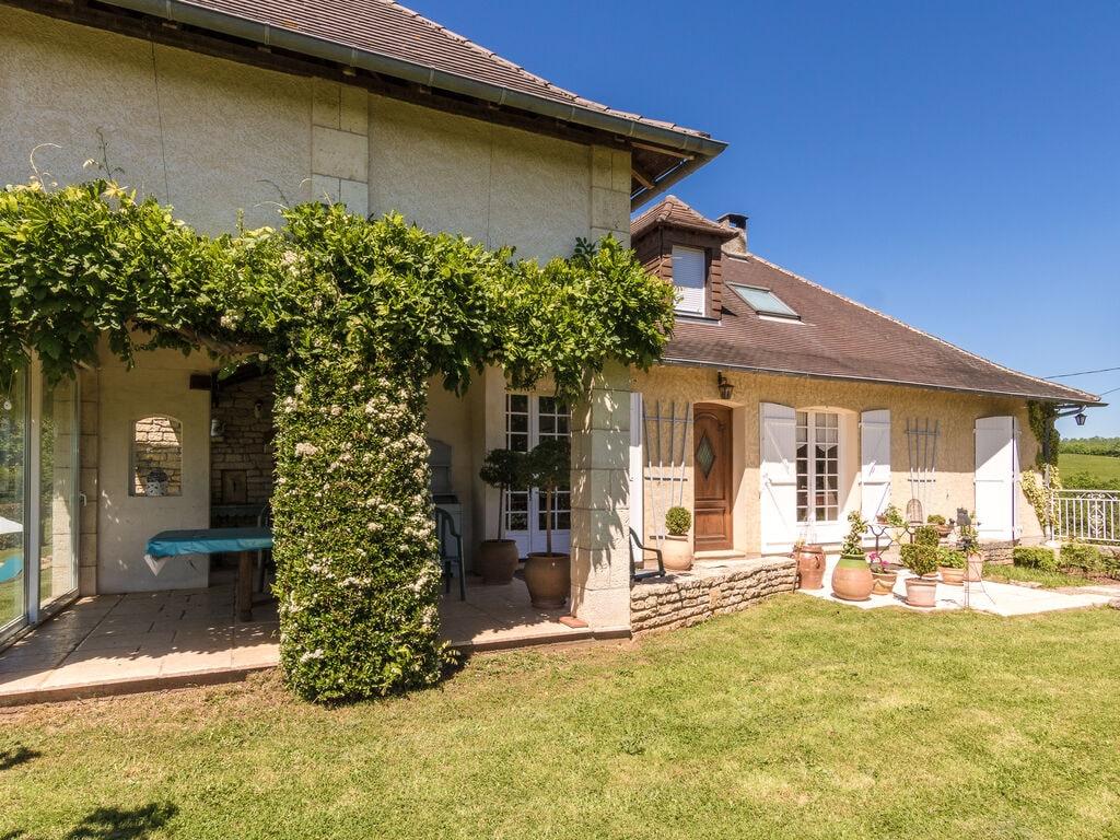 Ferienhaus Gemütliche Villa in Saint-Bonnet-la-Rivière mit Swimmingpool (2279081), Objat, Corrèze, Limousin, Frankreich, Bild 7