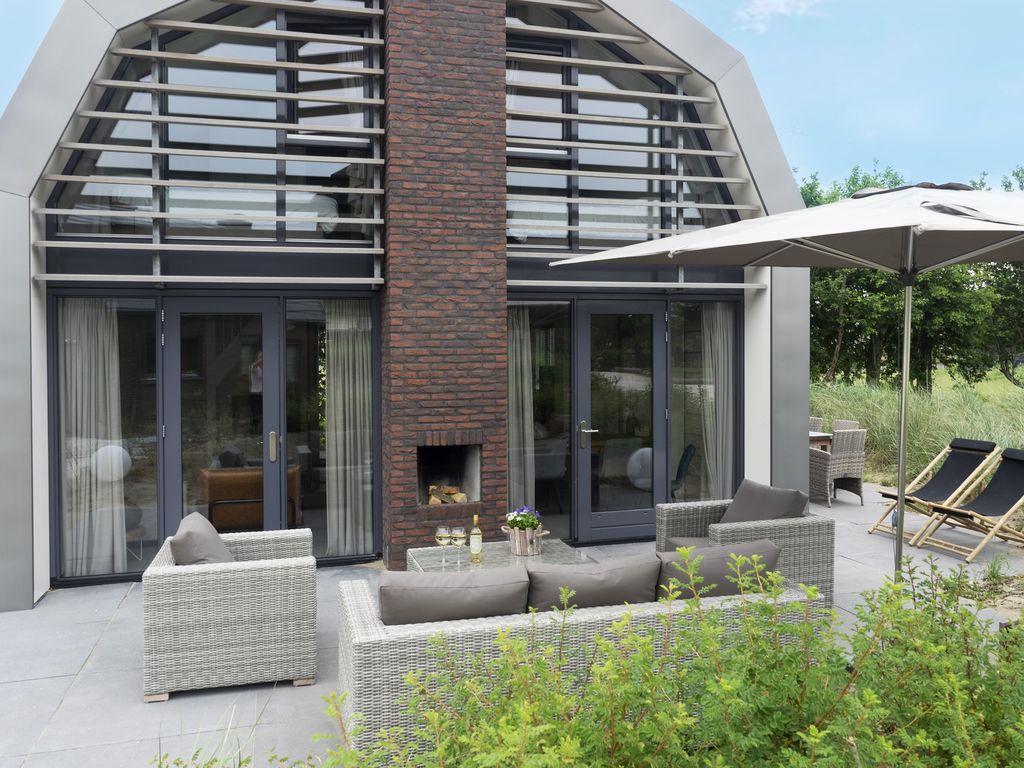 Schöne neue Villa mit Sauna umgeben von D&uum Ferienpark