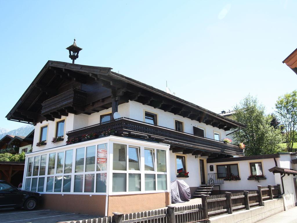 Holiday apartment Apartment Zentral (2245621), Saalfelden am Steinernen Meer, Pinzgau, Salzburg, Austria, picture 1