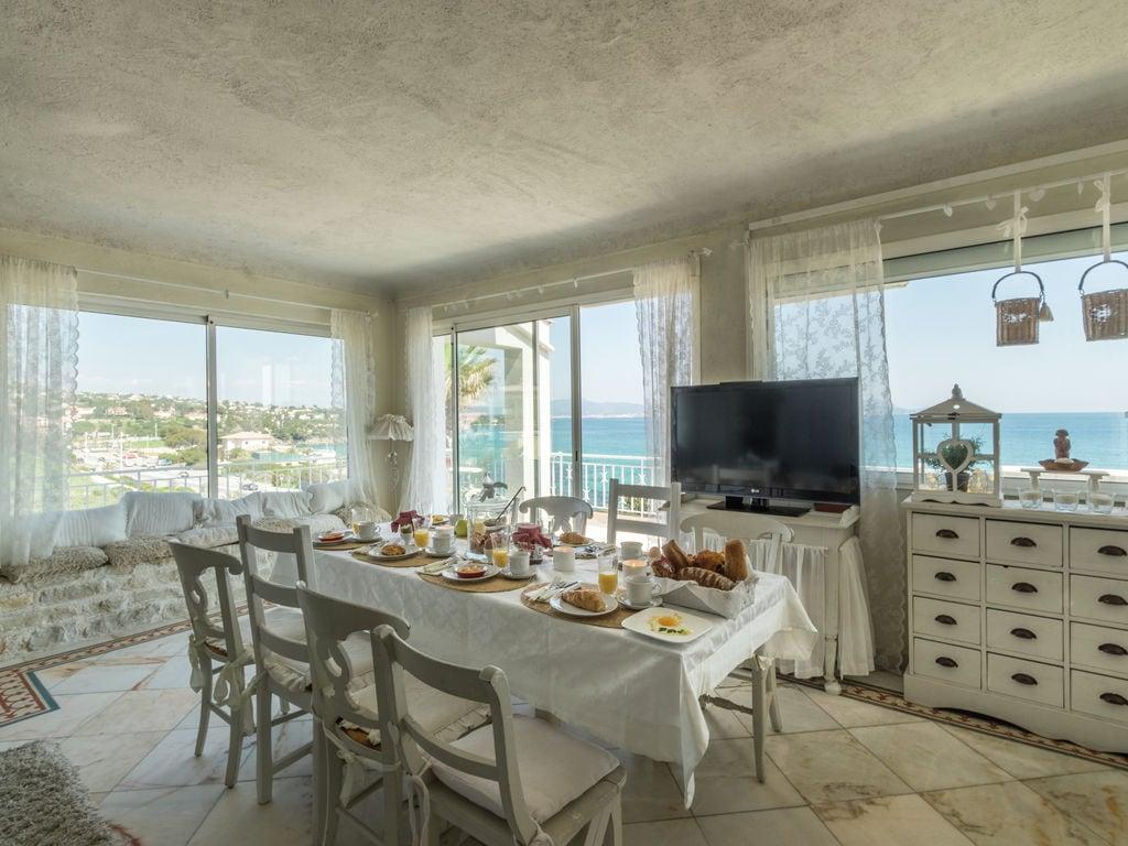 Ferienhaus Luxuriöse Villa in Les Issambres mit Whirlpool (2279330), Les Issambres, Côte d'Azur, Provence - Alpen - Côte d'Azur, Frankreich, Bild 8